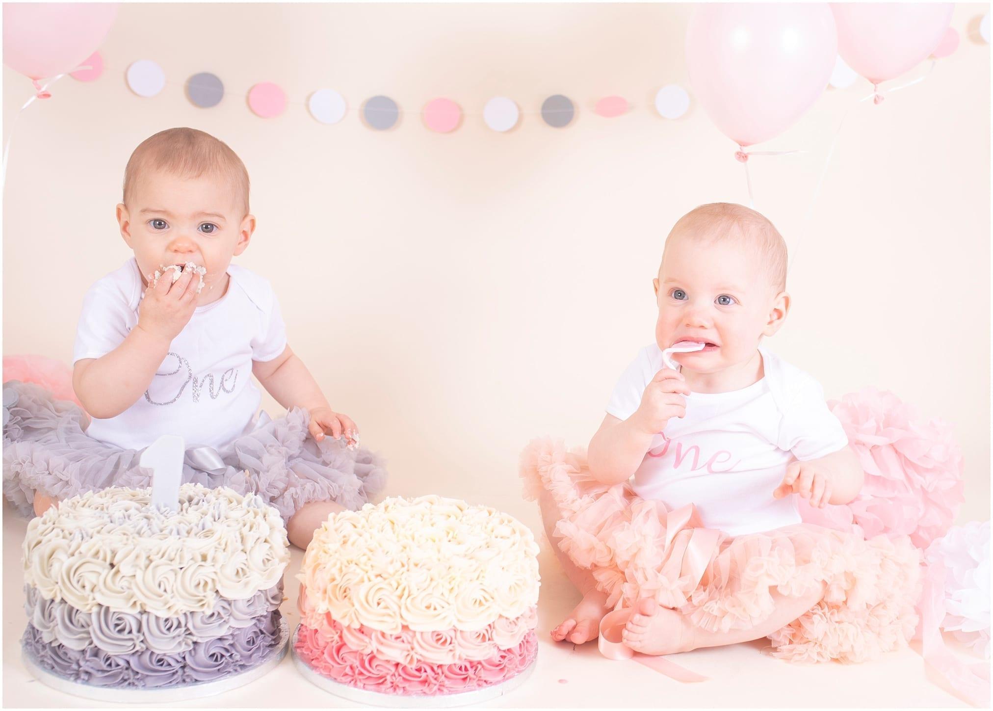 Twin Girls Cake Smash – Cake Smash Photography Fife